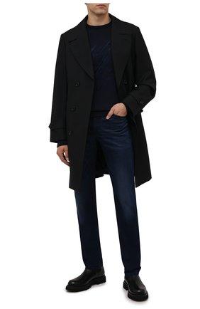 Мужские джинсы BOSS темно-синего цвета, арт. 50458275 | Фото 2 (Материал внешний: Хлопок; Длина (брюки, джинсы): Стандартные; Кросс-КТ: Деним; Силуэт М (брюки): Прямые; Стили: Кэжуэл)