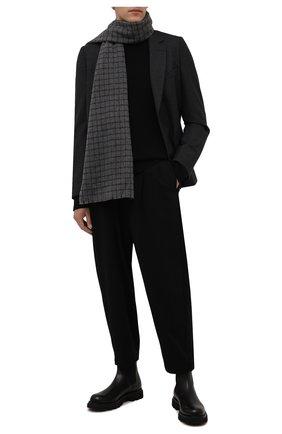 Мужской кашемировый шарф ANDREA CAMPAGNA темно-серого цвета, арт. 632393 | Фото 2 (Материал: Кашемир, Шерсть; Кросс-КТ: кашемир)