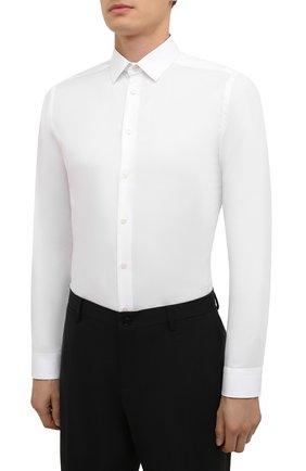 Мужская хлопковая сорочка ETON белого цвета, арт. 1000 02450 | Фото 3 (Манжеты: На пуговицах; Воротник: Кент; Рукава: Длинные; Рубашки М: Super Slim Fit; Длина (для топов): Стандартные; Материал внешний: Хлопок; Стили: Классический; Случай: Формальный; Принт: Однотонные)