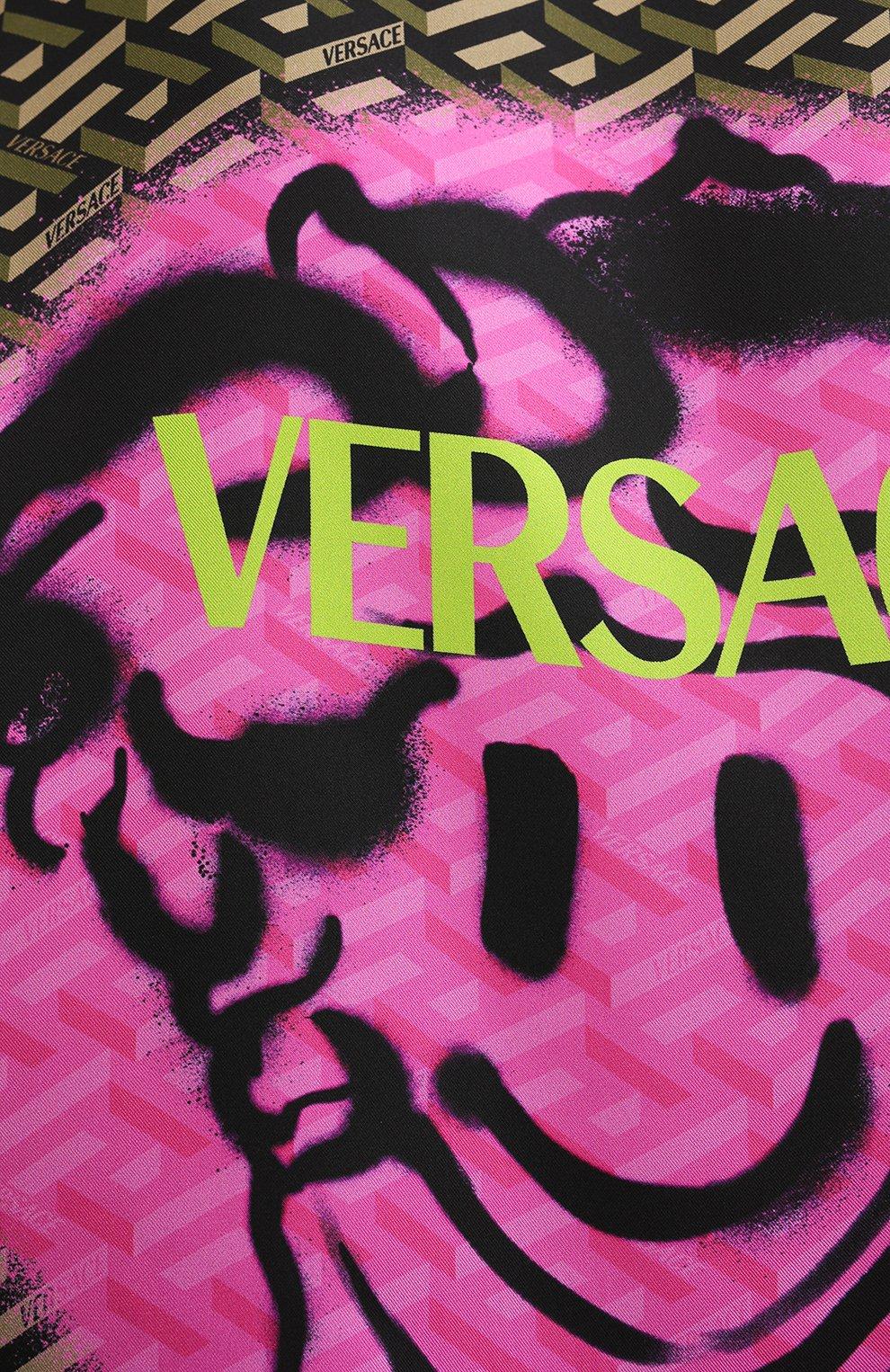 Мужская шелковая рубашка VERSACE хаки цвета, арт. A84050/1A01613   Фото 5 (Манжеты: На пуговицах; Воротник: Кент; Материал внешний: Шелк; Рукава: Длинные; Рубашки М: Classic Fit; Случай: Повседневный; Длина (для топов): Стандартные; Принт: С принтом; Стили: Кэжуэл)