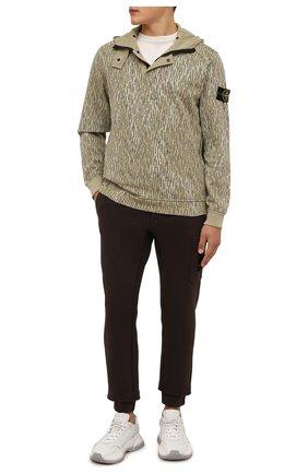 Мужские хлопковые джоггеры STONE ISLAND темно-коричневого цвета, арт. 751564520 | Фото 2 (Материал внешний: Хлопок; Силуэт М (брюки): Джоггеры; Мужское Кросс-КТ: Брюки-трикотаж; Стили: Спорт-шик; Длина (брюки, джинсы): Стандартные)