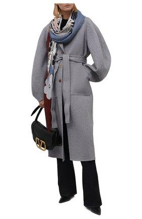 Женская шаль из кашемира и шелка LORO PIANA голубого цвета, арт. FAL9262   Фото 2 (Материал: Шелк, Кашемир, Текстиль, Шерсть)