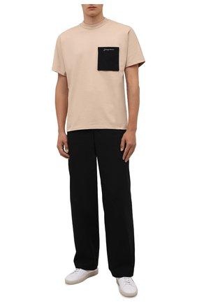Мужская хлопковая футболка JACQUEMUS бежевого цвета, арт. 216JS004-2290 | Фото 2 (Длина (для топов): Стандартные; Материал внешний: Хлопок; Рукава: Короткие; Принт: Без принта; Стили: Минимализм)