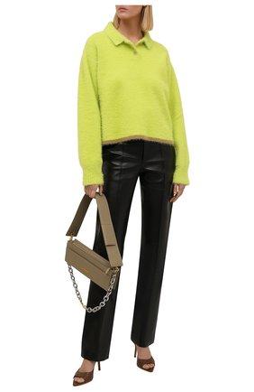 Женский пуловер JACQUEMUS светло-зеленого цвета, арт. 213KN601-2390 | Фото 2 (Материал внешний: Синтетический материал; Длина (для топов): Стандартные; Рукава: Длинные; Женское Кросс-КТ: Пуловер-одежда; Стили: Минимализм)
