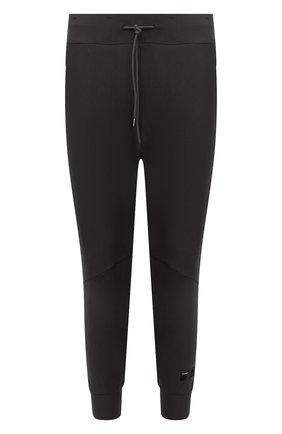 Мужские джоггеры KAZUYUKI KUMAGAI темно-серого цвета, арт. AP12-250 | Фото 1 (Материал внешний: Синтетический материал; Силуэт М (брюки): Джоггеры; Стили: Спорт-шик; Длина (брюки, джинсы): Укороченные)