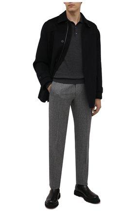 Мужские шерстяные брюки CORNELIANI серого цвета, арт. 885B01-1817226/02 | Фото 2 (Материал внешний: Шерсть; Материал подклада: Вискоза; Случай: Формальный; Стили: Классический; Длина (брюки, джинсы): Стандартные)