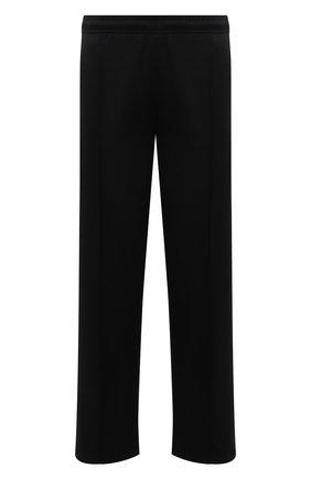 Мужские брюки MARCELO BURLON черного цвета, арт. CMCJ001F21JER002 | Фото 1 (Длина (брюки, джинсы): Стандартные; Материал внешний: Синтетический материал; Случай: Повседневный; Стили: Спорт-шик)