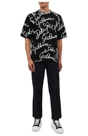 Мужская хлопковая футболка DOLCE & GABBANA черного цвета, арт. G8NB7T/HU7IL   Фото 2 (Материал внешний: Хлопок; Принт: С принтом; Рукава: Короткие; Стили: Гламурный; Длина (для топов): Стандартные)
