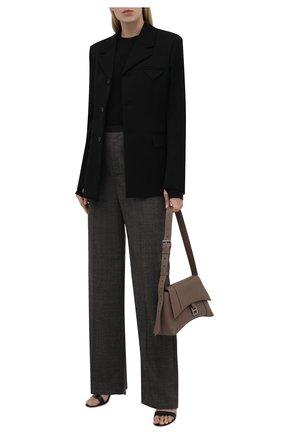 Женские шерстяные брюки BALENCIAGA темно-серого цвета, арт. 675482/TLT10 | Фото 2 (Материал внешний: Шерсть; Длина (брюки, джинсы): Стандартные; Стили: Гламурный; Женское Кросс-КТ: Брюки-одежда; Силуэт Ж (брюки и джинсы): Широкие)