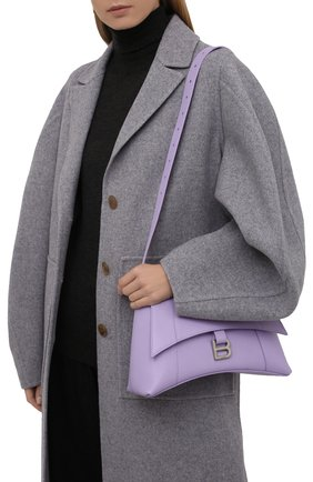 Женская сумка hourglass s BALENCIAGA сиреневого цвета, арт. 671353/2100T | Фото 2 (Размер: medium; Материал: Натуральная кожа; Сумки-технические: Сумки через плечо)