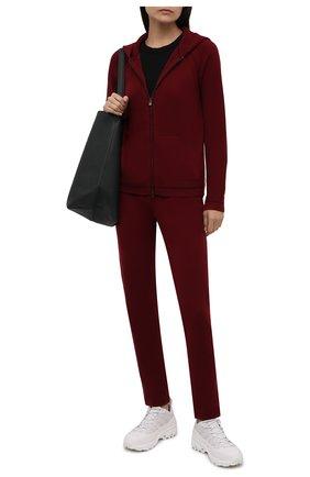 Женский кашемировый кардиган LORO PIANA бордового цвета, арт. FAL7041 | Фото 2 (Материал внешний: Шерсть, Кашемир; Стили: Кэжуэл; Рукава: Длинные; Длина (для топов): Стандартные; Женское Кросс-КТ: Кардиган-одежда)