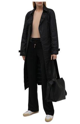 Женские брюки из вискозы DOLCE & GABBANA черного цвета, арт. FTB7NT/GDP69 | Фото 2 (Длина (брюки, джинсы): Удлиненные; Материал внешний: Вискоза; Стили: Спорт-шик; Кросс-КТ: Трикотаж; Женское Кросс-КТ: Брюки-одежда; Силуэт Ж (брюки и джинсы): Расклешенные)