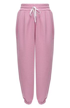 Женские хлопковые джоггеры MIU MIU розового цвета, арт. MJP259-1ZF3-F0E18   Фото 1 (Материал внешний: Хлопок; Стили: Спорт-шик; Кросс-КТ: Трикотаж; Длина (брюки, джинсы): Укороченные; Женское Кросс-КТ: Джоггеры - брюки; Силуэт Ж (брюки и джинсы): Джоггеры)