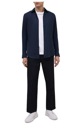 Мужская хлопковая рубашка BOSS темно-синего цвета, арт. 50460111 | Фото 2 (Рукава: Длинные; Материал внешний: Хлопок; Длина (для топов): Стандартные; Случай: Повседневный; Воротник: Кент; Принт: Однотонные; Манжеты: На пуговицах; Стили: Кэжуэл)