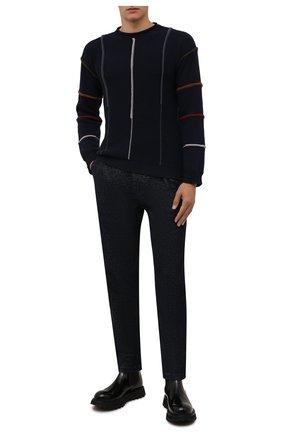 Мужской свитер из шерсти и кашемира GIORGIO ARMANI темно-синего цвета, арт. 6KSM39/SM40Z | Фото 2 (Рукава: Длинные; Материал внешний: Шерсть; Длина (для топов): Стандартные; Мужское Кросс-КТ: Свитер-одежда; Принт: С принтом; Стили: Кэжуэл)