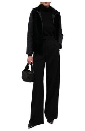 Женская дубленка из овчины GIORGIO ARMANI темно-синего цвета, арт. BAB06P/BAP10 | Фото 2 (Материал подклада: Синтетический материал; Рукава: Длинные; Материал внешний: Натуральный мех; Материал утеплителя: Шерсть; Длина (верхняя одежда): Короткие; Стили: Кэжуэл)