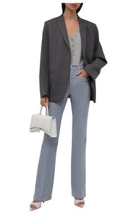Женские джинсы CHLOÉ синего цвета, арт. CHC21ADP82151   Фото 2 (Материал внешний: Хлопок; Длина (брюки, джинсы): Удлиненные; Кросс-КТ: Деним; Детали: Потертости; Силуэт Ж (брюки и джинсы): Расклешенные; Стили: Кэжуэл)