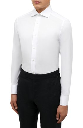 Мужская хлопковая сорочка ERMENEGILDO ZEGNA белого цвета, арт. 203901/9MS4BA   Фото 3 (Рукава: Длинные; Рубашки М: Regular Fit; Воротник: Акула; Длина (для топов): Стандартные; Материал внешний: Хлопок; Стили: Классический; Случай: Формальный; Принт: Однотонные; Манжеты: Под запонки)
