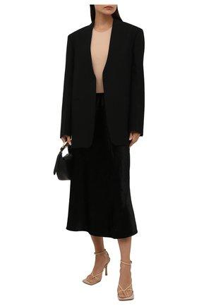Женская юбка из вискозы JIL SANDER черного цвета, арт. JSWT356110-WT431000 | Фото 2 (Материал подклада: Вискоза; Материал внешний: Синтетический материал, Вискоза; Стили: Минимализм; Женское Кросс-КТ: Юбка-одежда; Длина Ж (юбки, платья, шорты): Миди)