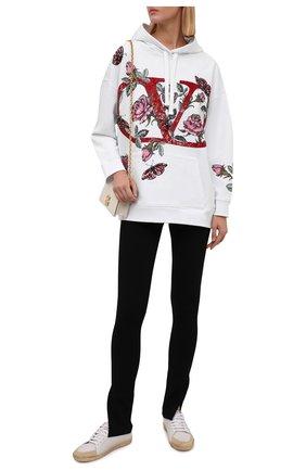 Женский хлопковое худи VALENTINO белого цвета, арт. WB3MF10D6L1 | Фото 2 (Материал внешний: Хлопок; Стили: Спорт-шик; Рукава: Длинные; Длина (для топов): Стандартные; Женское Кросс-КТ: Худи-одежда)