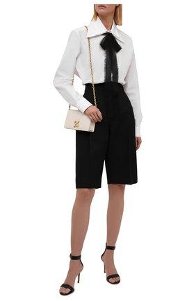 Женская хлопковая блузка VALENTINO белого цвета, арт. WB0AB2X65A6 | Фото 2 (Материал внешний: Хлопок; Длина (для топов): Удлиненные; Рукава: Длинные; Стили: Классический; Принт: Без принта; Женское Кросс-КТ: Блуза-одежда)