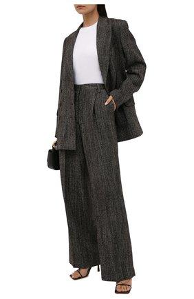 Женские шерстяные брюки DRIES VAN NOTEN коричневого цвета, арт. 212-010972-3040   Фото 2 (Материал внешний: Шерсть; Длина (брюки, джинсы): Удлиненные; Стили: Минимализм; Женское Кросс-КТ: Брюки-одежда; Силуэт Ж (брюки и джинсы): Широкие)