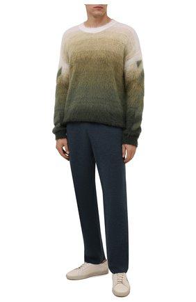 Мужские брюки из хлопка и кашемира BRIONI синего цвета, арт. UMKY0L/P0K03 | Фото 2 (Материал внешний: Шерсть, Хлопок, Кашемир; Мужское Кросс-КТ: Брюки-трикотаж; Случай: Повседневный; Стили: Спорт-шик; Кросс-КТ: Спорт; Длина (брюки, джинсы): Стандартные)
