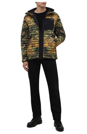 Мужская пуховая куртка BURBERRY разноцветного цвета, арт. 8042792 | Фото 2 (Длина (верхняя одежда): Короткие; Материал подклада: Синтетический материал; Рукава: Длинные; Материал утеплителя: Пух и перо; Материал внешний: Синтетический материал; Кросс-КТ: Куртка; Мужское Кросс-КТ: пуховик-короткий; Стили: Милитари)