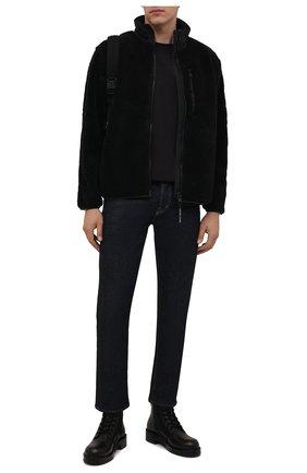Мужская куртка CANADA GOOSE черного цвета, арт. 7017M | Фото 2 (Длина (верхняя одежда): Короткие; Материал внешний: Синтетический материал; Рукава: Длинные; Кросс-КТ: Куртка; Мужское Кросс-КТ: утепленные куртки; Стили: Спорт-шик)