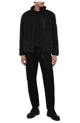Мужская куртка CANADA GOOSE серого цвета, арт. 7017M | Фото 2 (Материал внешний: Синтетический материал; Рукава: Длинные; Длина (верхняя одежда): Короткие; Кросс-КТ: Куртка; Мужское Кросс-КТ: утепленные куртки; Стили: Спорт-шик)