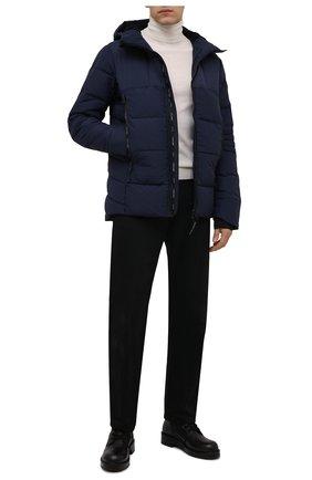 Мужская пуховая куртка hybridge CANADA GOOSE темно-синего цвета, арт. 2742M | Фото 2 (Материал подклада: Синтетический материал; Материал внешний: Синтетический материал; Материал утеплителя: Пух и перо; Кросс-КТ: Куртка; Длина (верхняя одежда): Короткие; Стили: Кэжуэл; Мужское Кросс-КТ: пуховик-короткий; Рукава: Длинные)