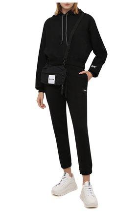 Женские хлопковые джоггеры reebok x victoria beckham REEBOK черного цвета, арт. H30283   Фото 2 (Длина (брюки, джинсы): Стандартные; Материал внешний: Хлопок; Стили: Спорт-шик; Женское Кросс-КТ: Джоггеры - брюки, Брюки-спорт; Силуэт Ж (брюки и джинсы): Джоггеры)