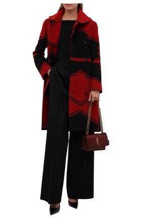 Женское двубортное пальто POLO RALPH LAUREN красного цвета, арт. 211815084   Фото 2 (Материал подклада: Вискоза; Рукава: Длинные; Материал внешний: Шерсть; Длина (верхняя одежда): До колена; Стили: Гламурный; 1-2-бортные: Двубортные)
