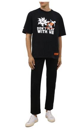 Мужская хлопковая футболка HERON PRESTON черного цвета, арт. HMAA025F21JER0041001 | Фото 2 (Материал внешний: Хлопок; Длина (для топов): Стандартные; Рукава: Короткие; Принт: С принтом; Стили: Гранж)