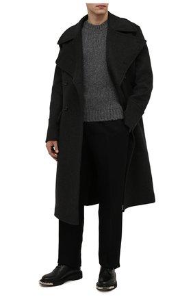 Мужской шерстяной свитер SAINT LAURENT серого цвета, арт. 665677/Y75BZ | Фото 2 (Материал внешний: Шерсть; Рукава: Длинные; Длина (для топов): Стандартные; Мужское Кросс-КТ: Свитер-одежда; Стили: Кэжуэл; Принт: Без принта)