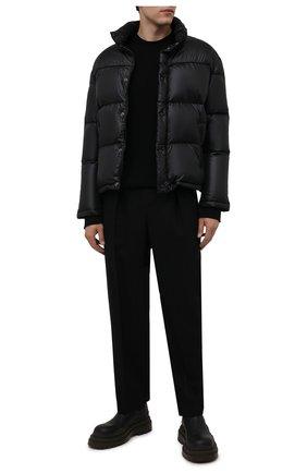 Мужская пуховая куртка SAINT LAURENT черного цвета, арт. 671966/Y744T | Фото 2 (Рукава: Длинные; Материал подклада: Синтетический материал; Материал внешний: Синтетический материал; Материал утеплителя: Пух и перо; Длина (верхняя одежда): Короткие; Кросс-КТ: Куртка; Мужское Кросс-КТ: пуховик-короткий)