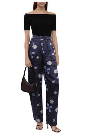 Женские шелковые брюки GIORGIO ARMANI синего цвета, арт. 1WHPP0IR/T02Z5 | Фото 2 (Длина (брюки, джинсы): Удлиненные; Материал внешний: Шелк; Женское Кросс-КТ: Брюки-одежда; Силуэт Ж (брюки и джинсы): Широкие; Стили: Романтичный)