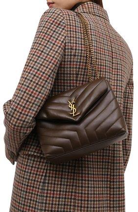 Женская сумка monogram loulou small SAINT LAURENT коричневого цвета, арт. 494699/DV727 | Фото 2 (Материал: Натуральная кожа; Сумки-технические: Сумки через плечо; Размер: small; Ремень/цепочка: На ремешке)