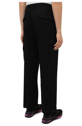 Мужские хлопковые брюки-карго 2 moncler 1952 MONCLER GENIUS черного цвета, арт. G2-091-2A000-22-54A1U | Фото 4 (Силуэт М (брюки): Карго; Длина (брюки, джинсы): Стандартные; Случай: Повседневный; Стили: Гранж; Материал внешний: Хлопок)