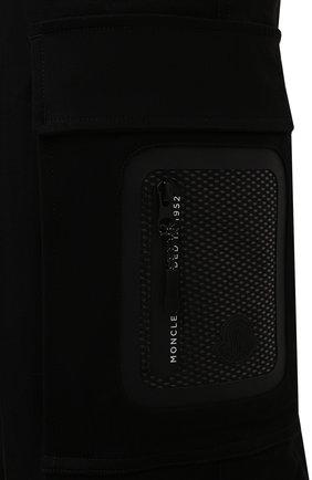 Мужские хлопковые брюки-карго 2 moncler 1952 MONCLER GENIUS черного цвета, арт. G2-091-2A000-22-54A1U | Фото 5 (Силуэт М (брюки): Карго; Длина (брюки, джинсы): Стандартные; Случай: Повседневный; Стили: Гранж; Материал внешний: Хлопок)