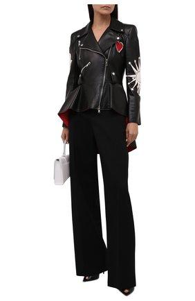 Женская кожаная куртка ALEXANDER MCQUEEN черного цвета, арт. 668440/Q5AGH   Фото 2 (Материал подклада: Шелк; Рукава: Длинные; Длина (верхняя одежда): До середины бедра; Кросс-КТ: Куртка; Женское Кросс-КТ: Замша и кожа; Стили: Гранж)