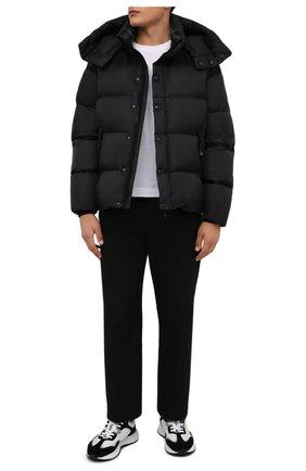 Мужская пуховая куртка BURBERRY черного цвета, арт. 8043844   Фото 2 (Материал внешний: Синтетический материал; Материал утеплителя: Пух и перо; Материал подклада: Синтетический материал; Рукава: Длинные; Длина (верхняя одежда): Короткие; Кросс-КТ: Куртка; Мужское Кросс-КТ: пуховик-короткий; Стили: Кэжуэл)