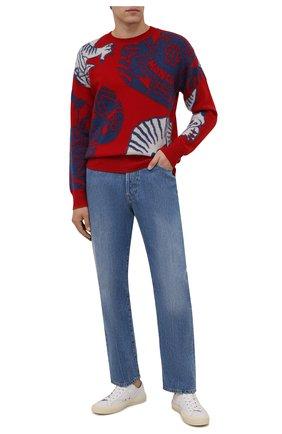 Мужской шерстяной свитер MONCLER красного цвета, арт. G2-091-9C000-22-M1257 | Фото 2 (Материал внешний: Шерсть; Рукава: Длинные; Длина (для топов): Стандартные; Мужское Кросс-КТ: Свитер-одежда; Принт: С принтом; Стили: Гранж)