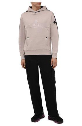 Мужской хлопковое худи MONCLER светло-розового цвета, арт. G2-091-8G000-25-899FL   Фото 2 (Материал внешний: Хлопок; Рукава: Длинные; Длина (для топов): Стандартные; Мужское Кросс-КТ: Худи-одежда; Принт: С принтом; Стили: Спорт-шик)