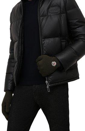 Мужские шерстяные перчатки MONCLER хаки цвета, арт. G2-091-3A000-03-A9342 | Фото 2 (Материал: Шерсть; Кросс-КТ: Трикотаж)
