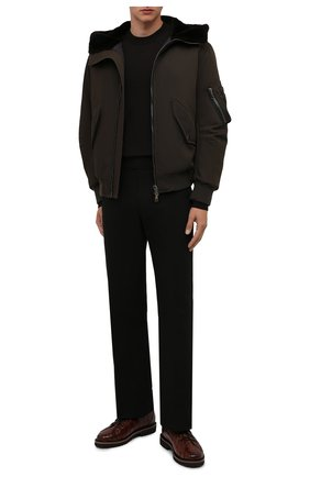 Мужской бомбер ANDREA CAMPAGNA хаки цвета, арт. 21U258-NY2CN | Фото 2 (Материал внешний: Синтетический материал; Материал подклада: Купро; Рукава: Длинные; Длина (верхняя одежда): Короткие; Кросс-КТ: Куртка; Стили: Милитари; Принт: Без принта)