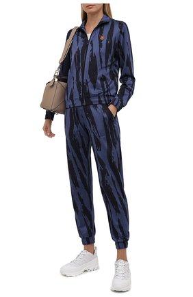 Женские джоггеры KENZO синего цвета, арт. FB62PA7354CA | Фото 2 (Материал внешний: Синтетический материал; Длина (брюки, джинсы): Стандартные; Стили: Спорт-шик; Женское Кросс-КТ: Джоггеры - брюки, Брюки-спорт; Силуэт Ж (брюки и джинсы): Джоггеры)