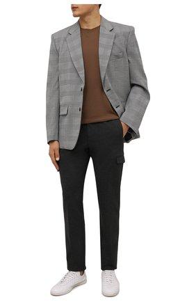 Мужские брюки-карго из вискозы ANDREA CAMPAGNA темно-серого цвета, арт. SUB/CN1217X | Фото 2 (Материал внешний: Вискоза; Длина (брюки, джинсы): Стандартные; Случай: Повседневный; Силуэт М (брюки): Карго; Стили: Кэжуэл)