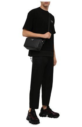 Мужская кожаная сумка PRADA черного цвета, арт. 2VH138-9Z2-F0002-OOO | Фото 2 (Ремень/цепочка: На ремешке; Материал: Натуральная кожа)