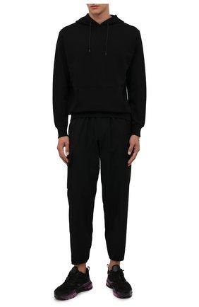 Мужские шерстяные джоггеры YOHJI YAMAMOTO черного цвета, арт. HX-P02-140 | Фото 2 (Материал внешний: Шерсть; Длина (брюки, джинсы): Стандартные; Силуэт М (брюки): Джоггеры; Стили: Минимализм)